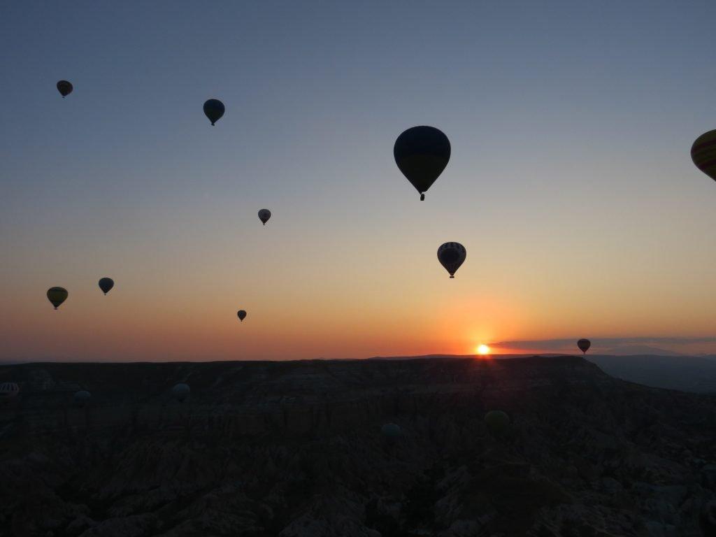 Como é voar de balão pela Capadócia