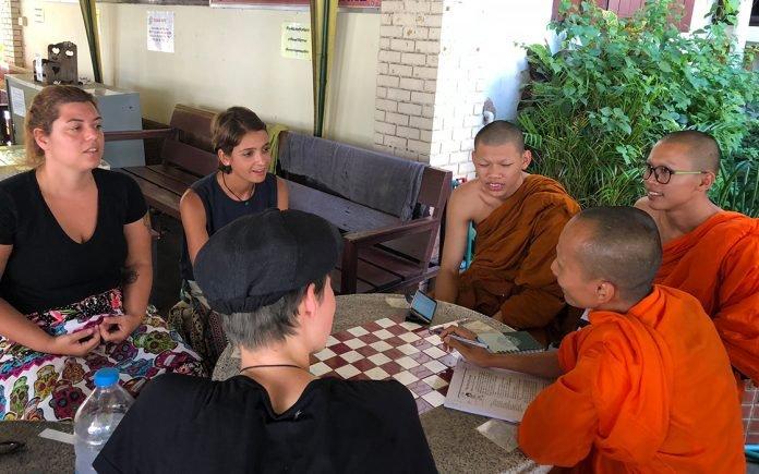Monk Chat em Chiang Mai
