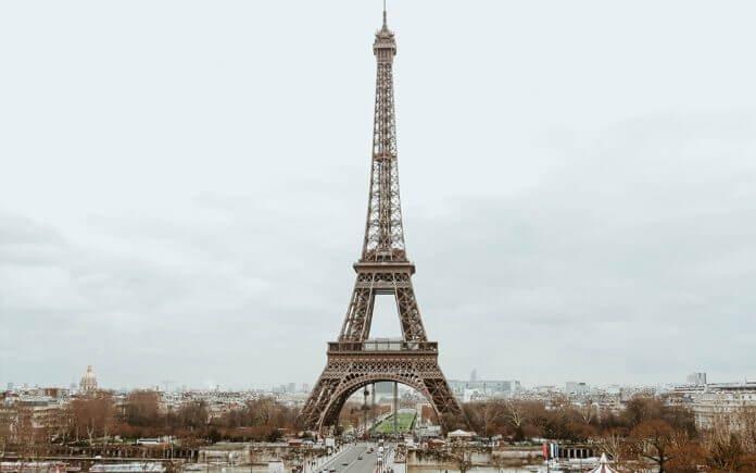 10 horas de conexão em Paris